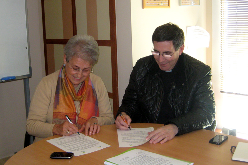 Firma de la subvención con la Banda de Música Santa María de la Victoria